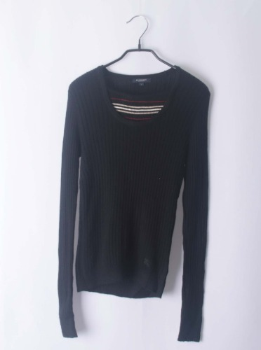 Burberry knit